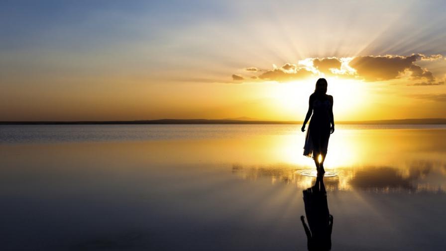 Какво се крие зад женската интуиция?