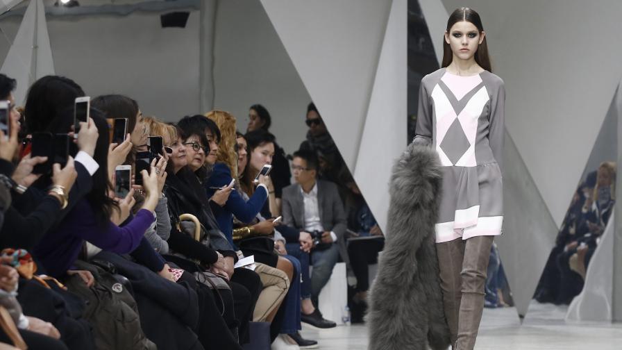 Париж: Няколко акцента от предстоящите модни тенденции
