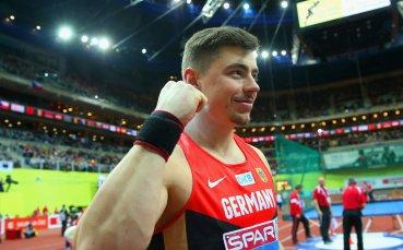 Шампион пропуска Световното по лека атлетика