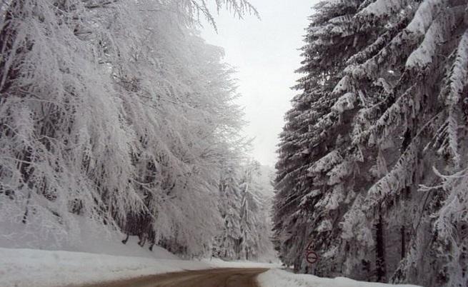 Обстановката в Южна България остава критична