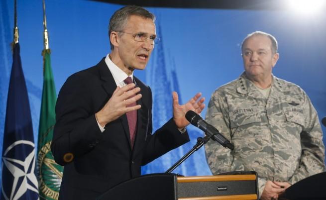 НАТО: Русия все още е в Източна Украйна
