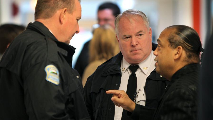 Двама полицаи бяха простреляни при протест във Фъргюсън