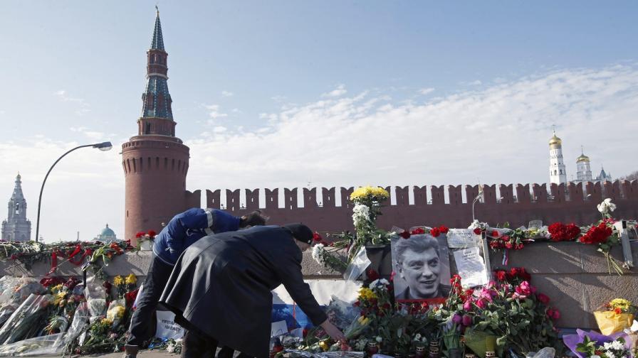 Русия: Резолюцията на ЕП за Немцов е връх на цинизма