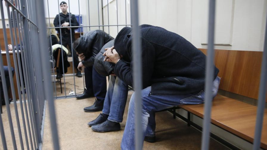 Обвиниха всички задържани за убийството на Немцов