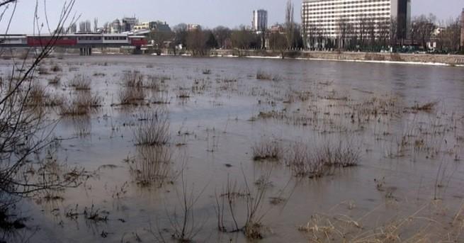 България ВиК след отровата: Няма опасност за питейната вода в