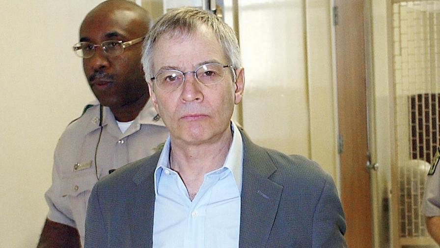 Робърт Дърст по време на процеса за убийството на Морис Блек (2003)
