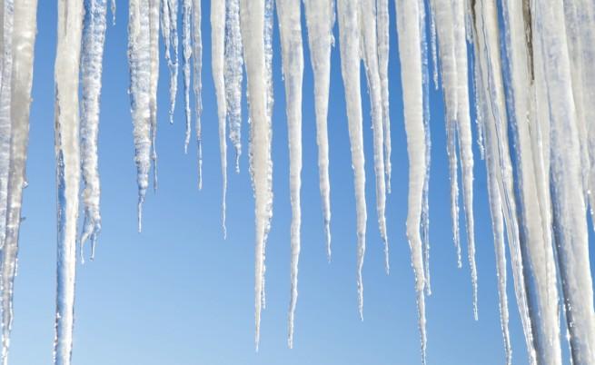 Какво време ни чака през декември и ще има ли сняг
