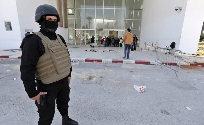ИД пое отговорността за смъртоносната атака в музея в Тунис