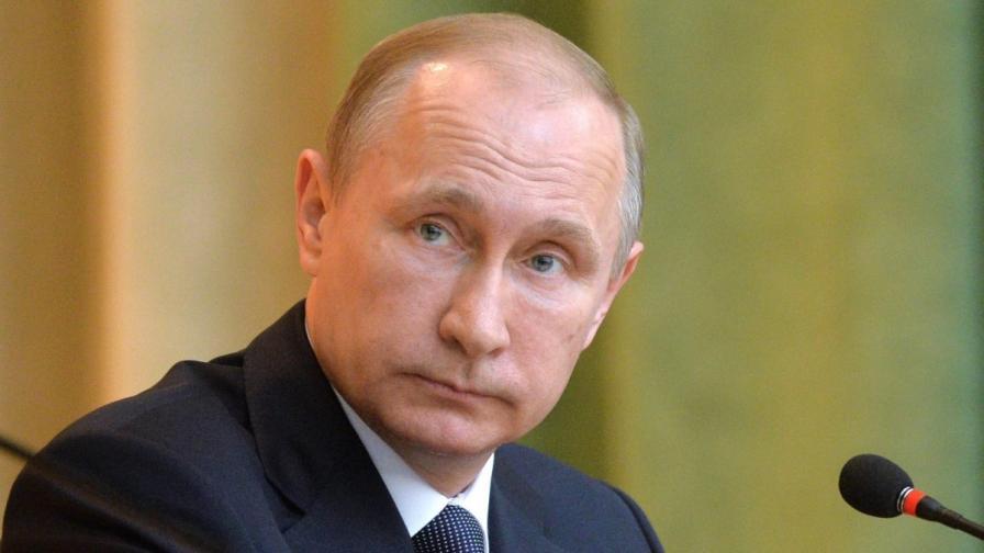 Рейтингът на Путин достигна 76%
