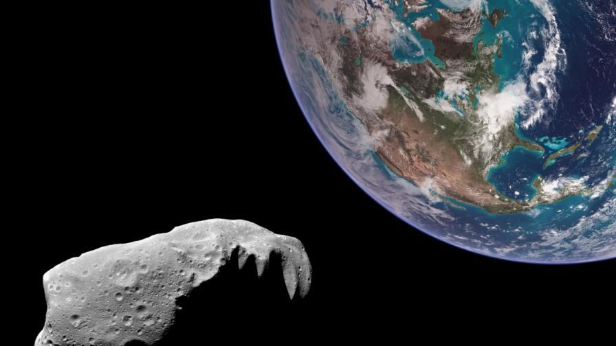 <p>Сателит засне потенциално опасен за Земята астероид</p>