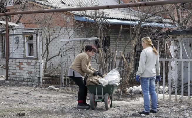 Празни каси и безработица в сепаратистка Източна Украйна