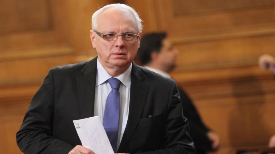 Независимият депутат Велизар Енчев