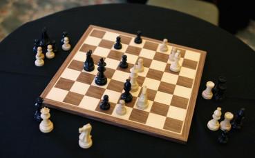 Осмо поредно равенство между Карлсен и Каруана