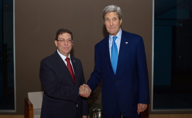 САЩ и Куба осъществиха историческа среща в Панама