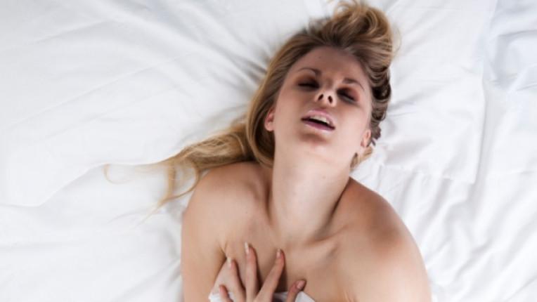 жена секс оргазъм наслада размисъл