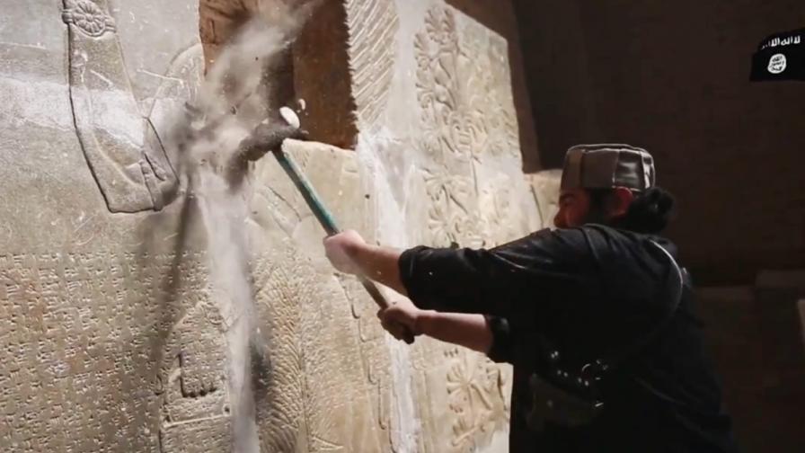 """Защо """"Ислямска държава"""" мрази археологията?"""