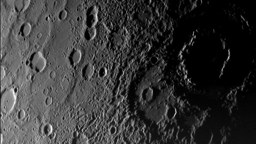 """НАСА ще разбие """"Месинджър"""" в повърхността на Меркурий"""