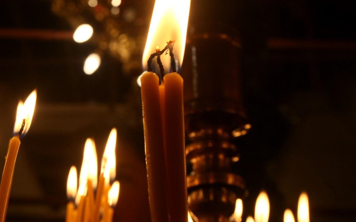 <p>На 12 януари отбелязваме деня на света Татяна - великомъченица, почитана в християнския свят както от православни, така и от католици.&nbsp; Съществуват различни версии за значението на името&nbsp; В превод от гръцки то&nbsp;означава &quot;устройва&quot;, а от латински &ndash; &quot;бащински&quot;. Руснаците пък смятат, че то е с руски произход и се тълкува като &quot;приказна царица&quot;. Според други то&nbsp;идва от Тангра, тъй като коренът на името на върховния бог и на Таня е един и същ &ndash; &quot;тан&quot;, което значи &quot;небе&quot;.</p>