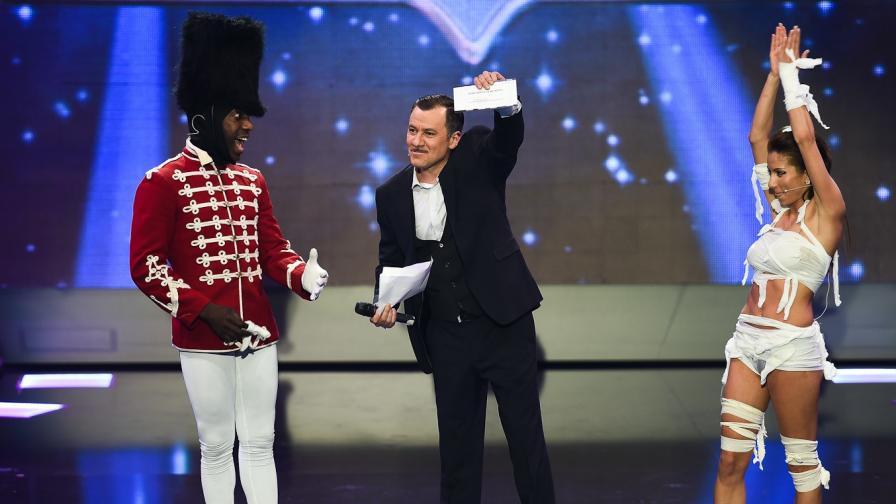 """Алфредо Торес триумфира в """"И аз го мога"""""""