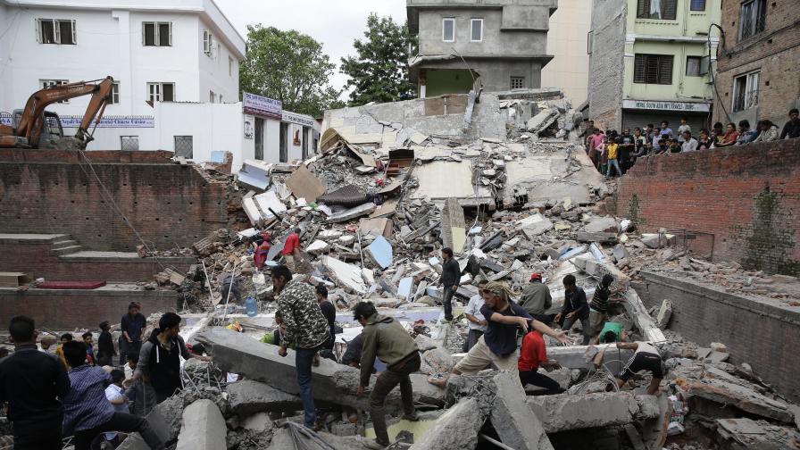 Разкази за ужаса под руините в Непал
