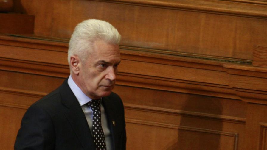 """Атака"" поиска предсрочни избори и свикване на КСНС"