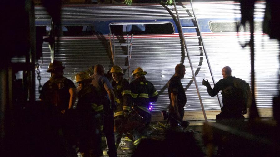 Намериха тяло на осма жертва от дерайлиралия влак във Филаделфия