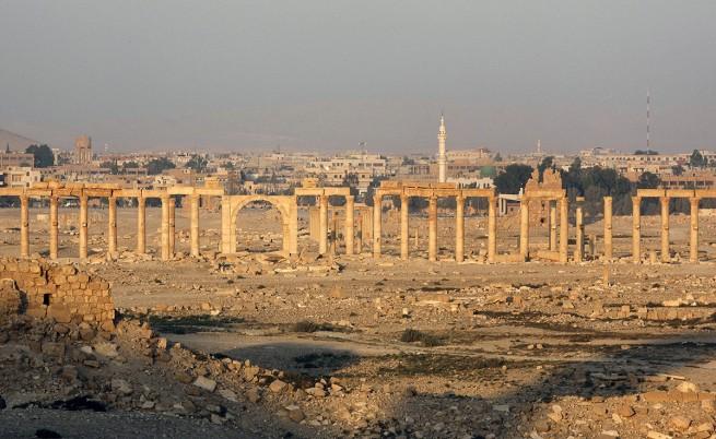Антична Палмира е спасена от ИД, засега