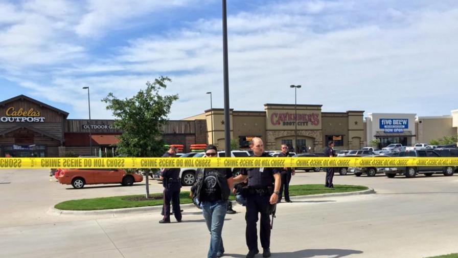 Деветима загинали след престрелка между рокерски банди в Тексас