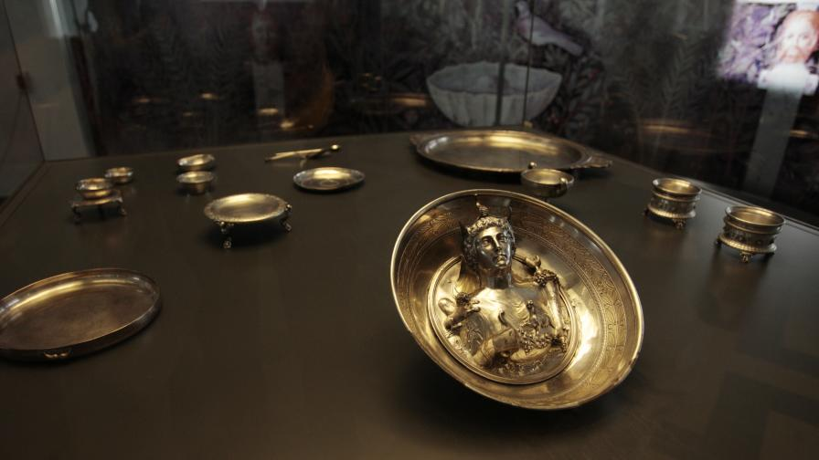 Уникално сребърно съкровище от Лувъра гостува в София