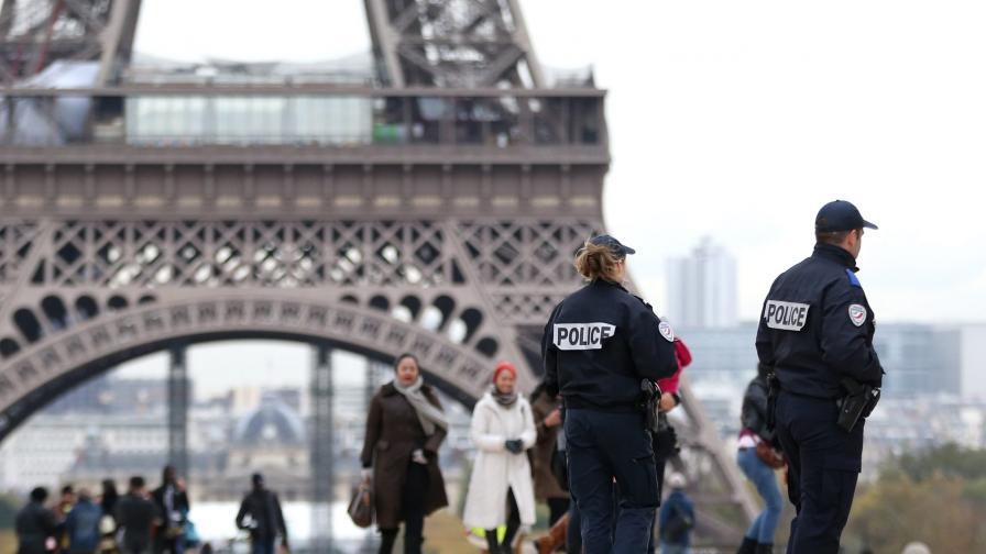 Протест заради джебчии затвори Айфеловата кула