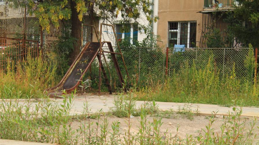 Пясъкът на детските площадки в София е безопасен, сочи проверка