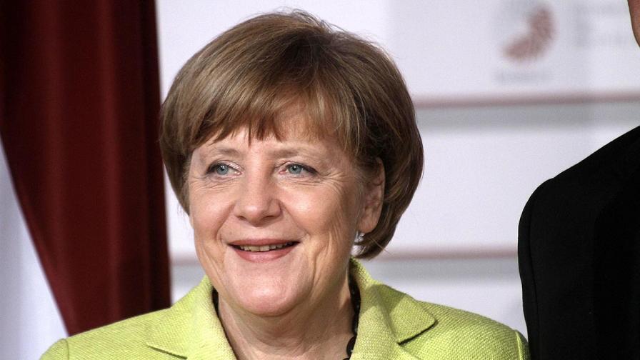 Защо бежанка от Гана кръсти детето си Ангела Меркел