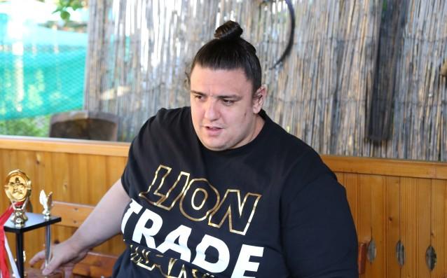 Българинът Даниел Иванов-Аоияма допусна втора загуба на турнира по сумо