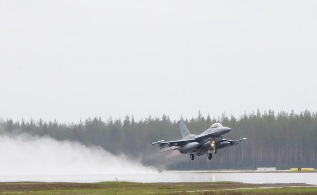 САЩ планират да увеличат своите самолети в Европа