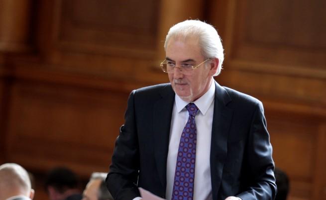 Партиите в парламента разделени по предложението на ДПС за референдума