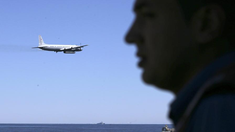Британски изтребители вдигани заради руски самолети