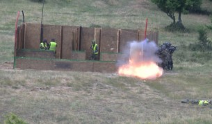 Учение на български и американски военни на полигона в Ново село