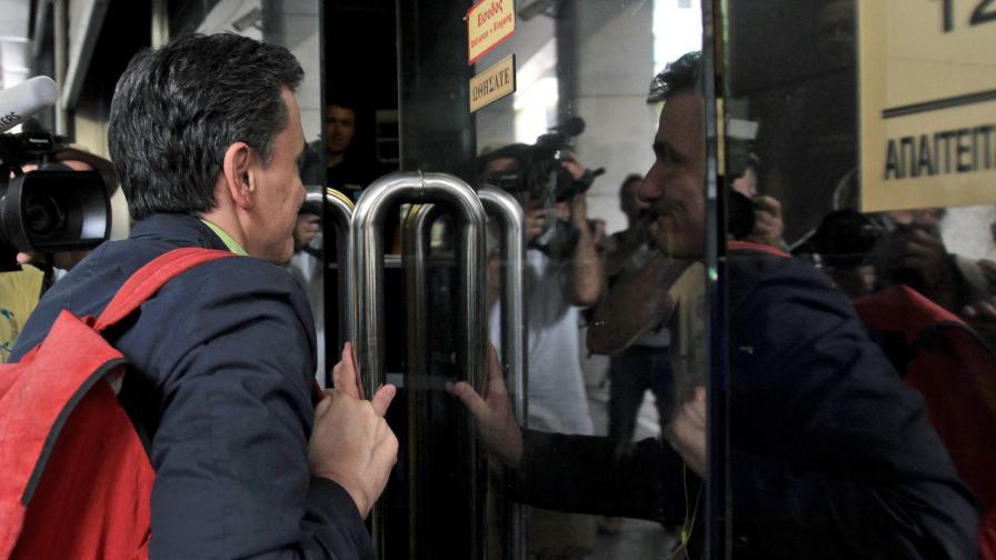 Банките в Гърция ще останат затворени за седмица