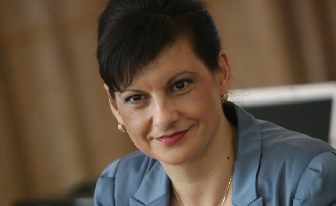 Даниела Дариткова: За приватизацията на болници е нужен анализ