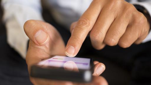 """Мними приложения """"стрижат"""" потребителите с тайни такси"""