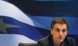 Дават още 10 млрд. на Гърция, ще облекчават дълга