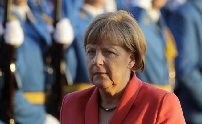 Меркел: ЕС ще помогне на Балканите за бежанците