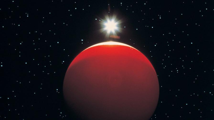 Откриха подобен на Юпитер газов гигант, който орбитира около звезда като Слънцето