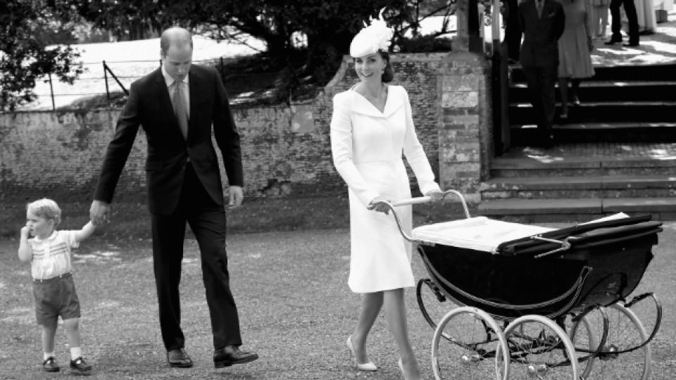 Кейт Мидълтън заедно със съпруга си и двете им деца