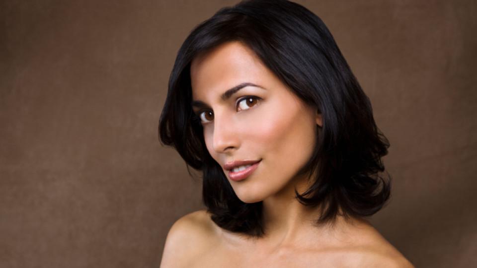 Спира ли косата да расте след определена възраст?