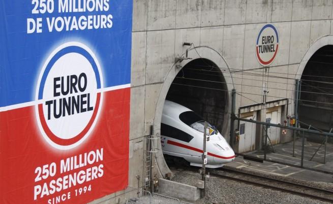 Над 2000 имигранти щурмуваха тунела под Ламанша