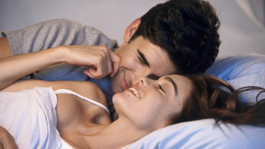 Жените с млади любовници имат по-успешна кариера