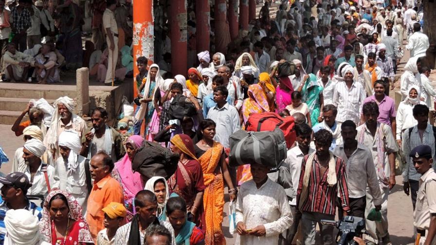 11 загинали в блъсканица на индийски религиозен празник