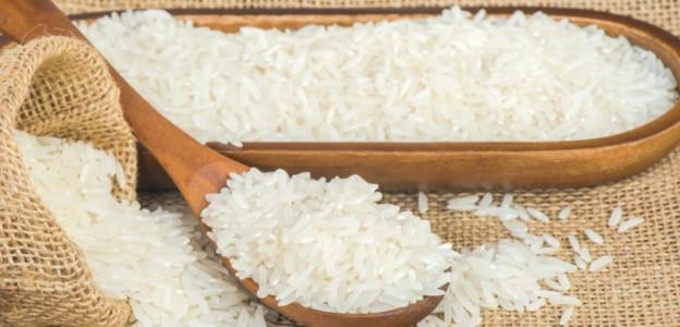 Рафиниран бял ориз - Белият ориз води до значителни увеличаване на нивата на глюкоза в кръвта, което от своя страна увеличава риска от диабет. Обработката на ориза включва процеси, които премахват неговия външен слой и зародиша. В общи линии остава само тази част от ориза, която съдържа предимно нишесте.