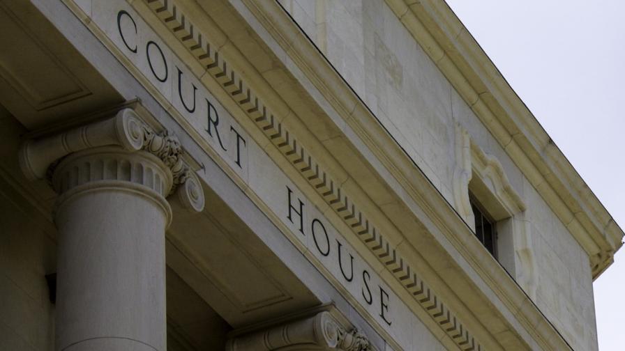 Застреляха подсъдим в съдебна зала в САЩ